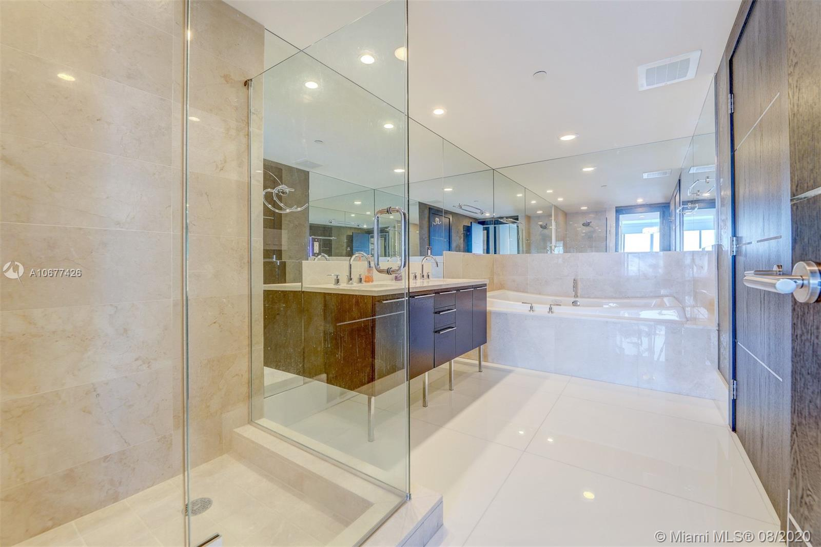17001 Collins ave-4008 sunny-isles-beach-fl-33160-a10677426-Pic17