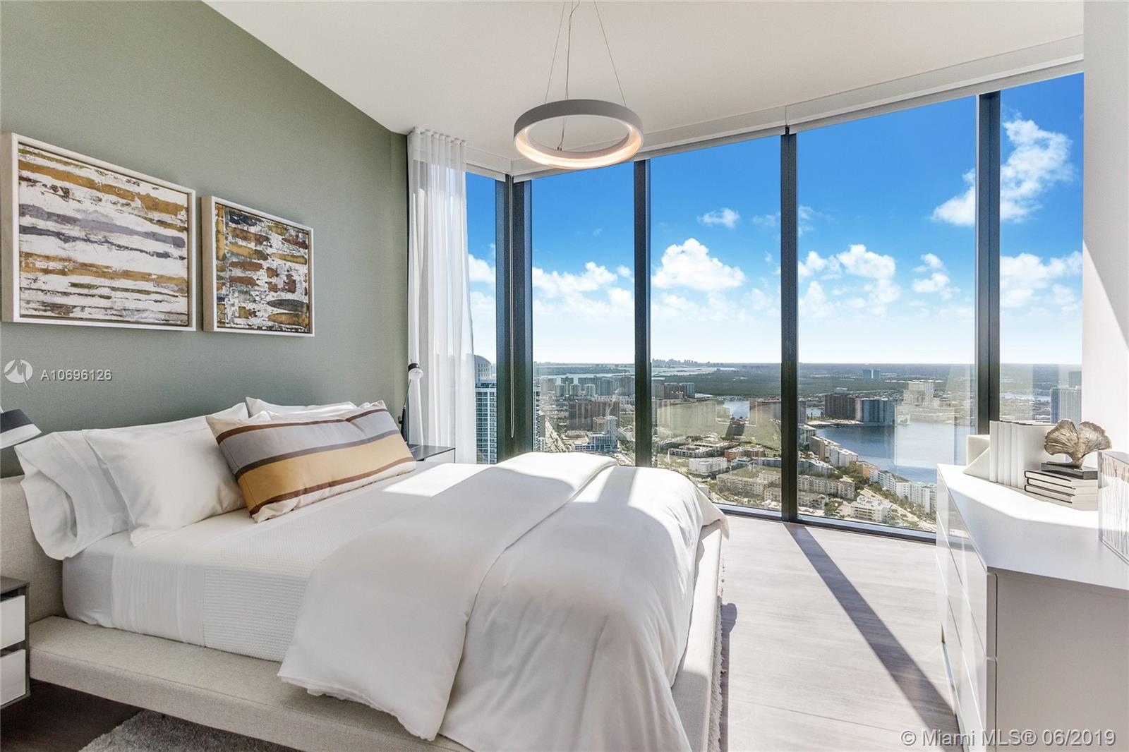 18555 Collins ave-5003 sunny-isles-beach-fl-33160-a10696126-Pic11