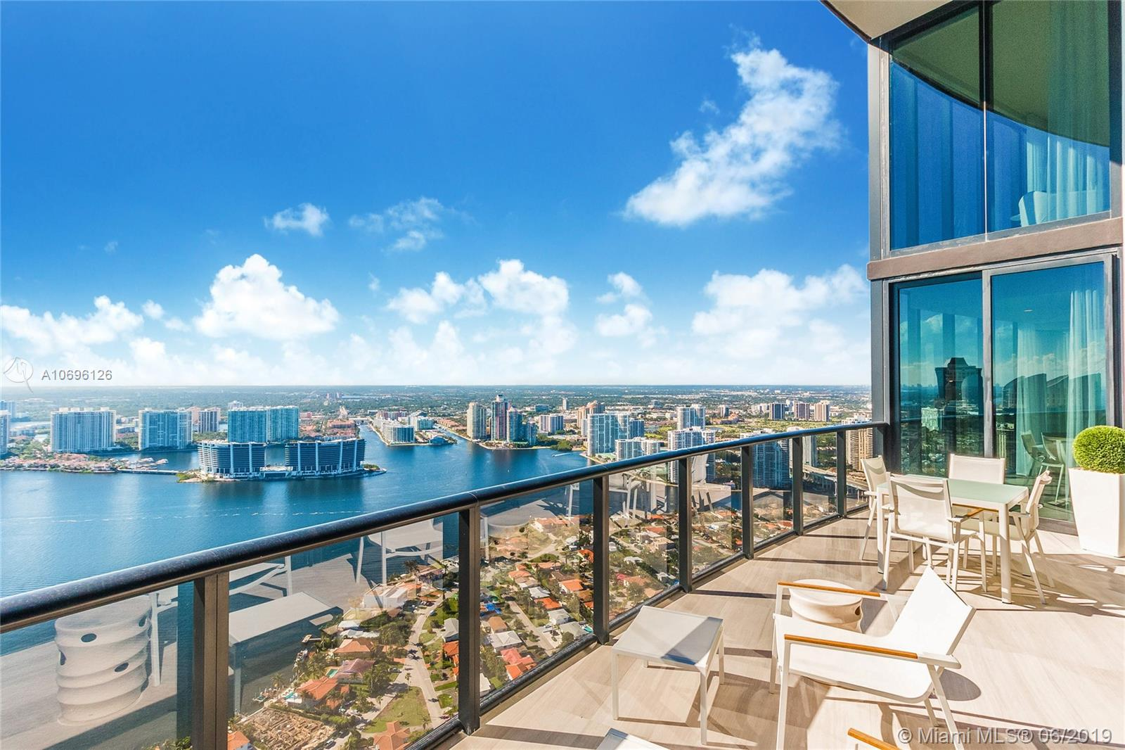 18555 Collins ave-5003 sunny-isles-beach-fl-33160-a10696126-Pic25