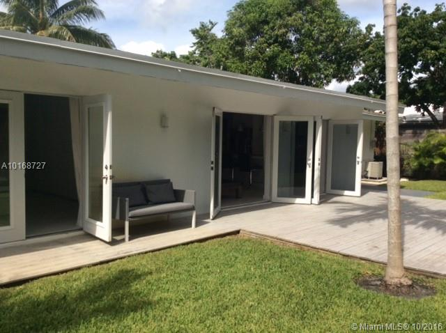 736 N Victoria Park Rd, Fort Lauderdale, FL 33304