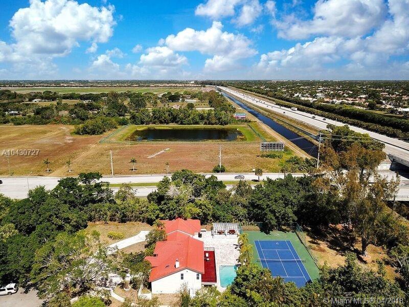 8044 Twin Lake Dr., Boca Raton FL, 33496