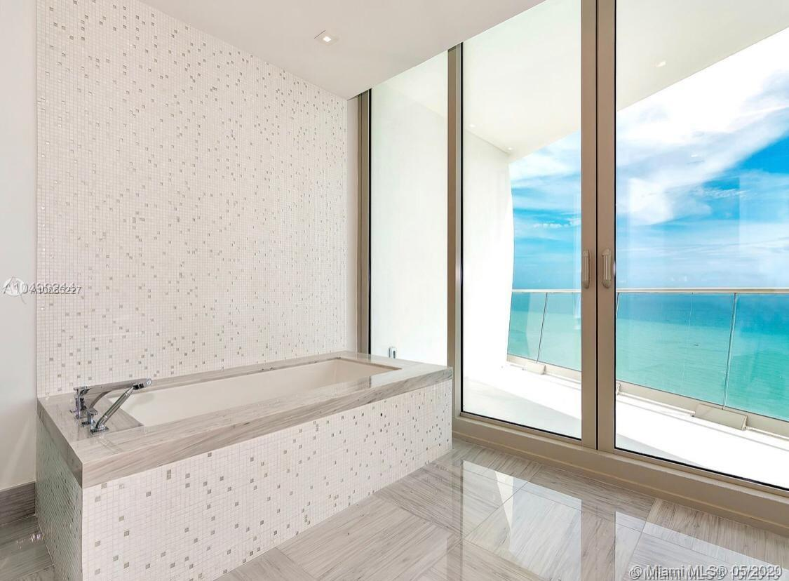 16901 Collins ave-3303 sunny-isles-beach-fl-33160-a10865227-Pic18