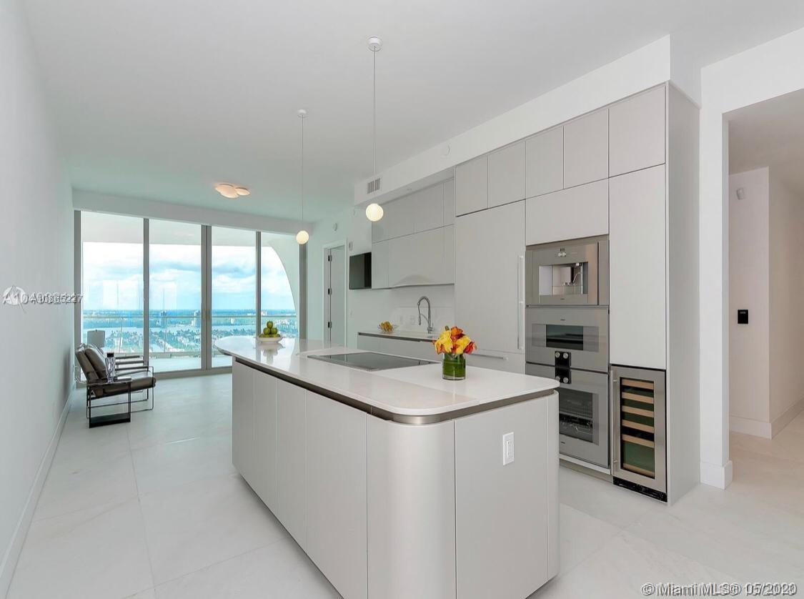 16901 Collins ave-3303 sunny-isles-beach-fl-33160-a10865227-Pic06