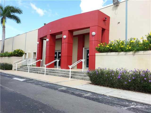 14400 NW 60 AV, Miami Lakes, FL 33016