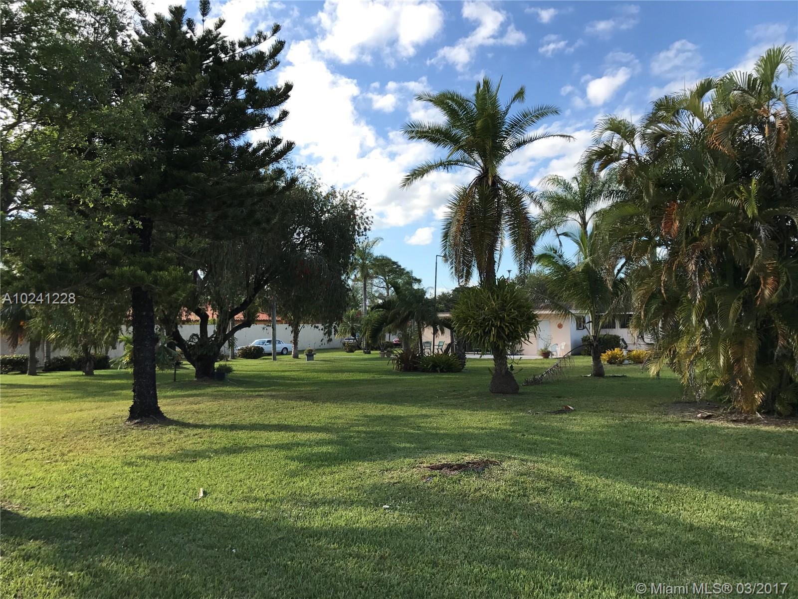 11900 SW 47th St, Miami , FL 33175