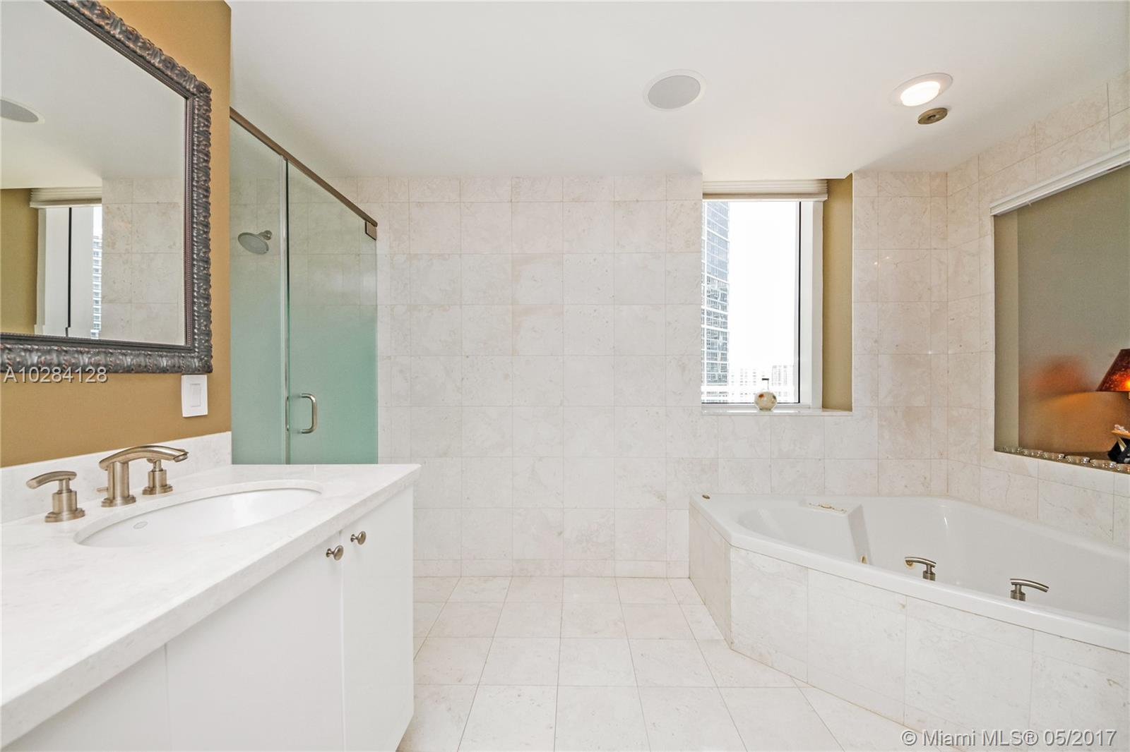 901 Brickell key blvd-PH3705 miami--fl-33131-a10284128-Pic27