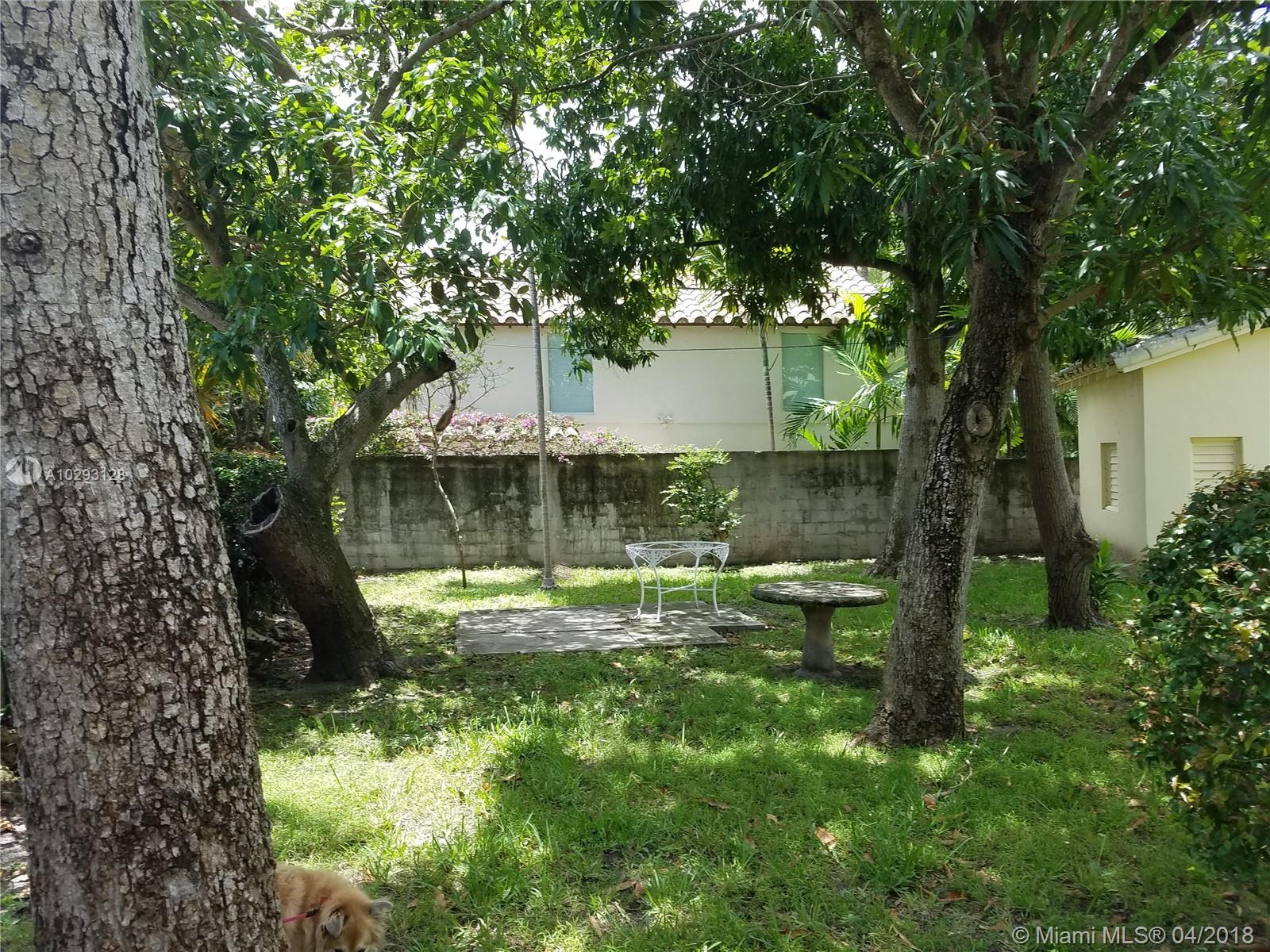 5630 Pine Tree Dr, Miami Beach FL, 33140