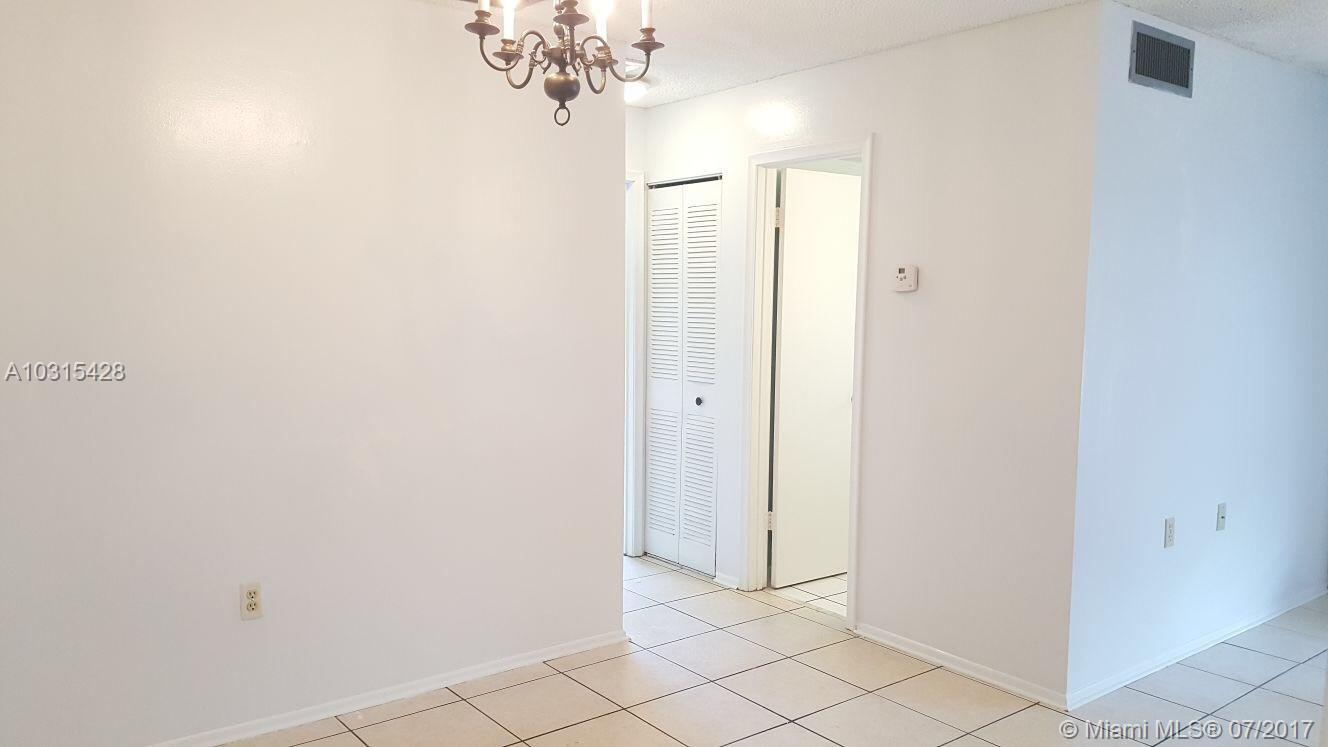 10068 NW 4th St # 203, Pembroke Pines, FL 33024