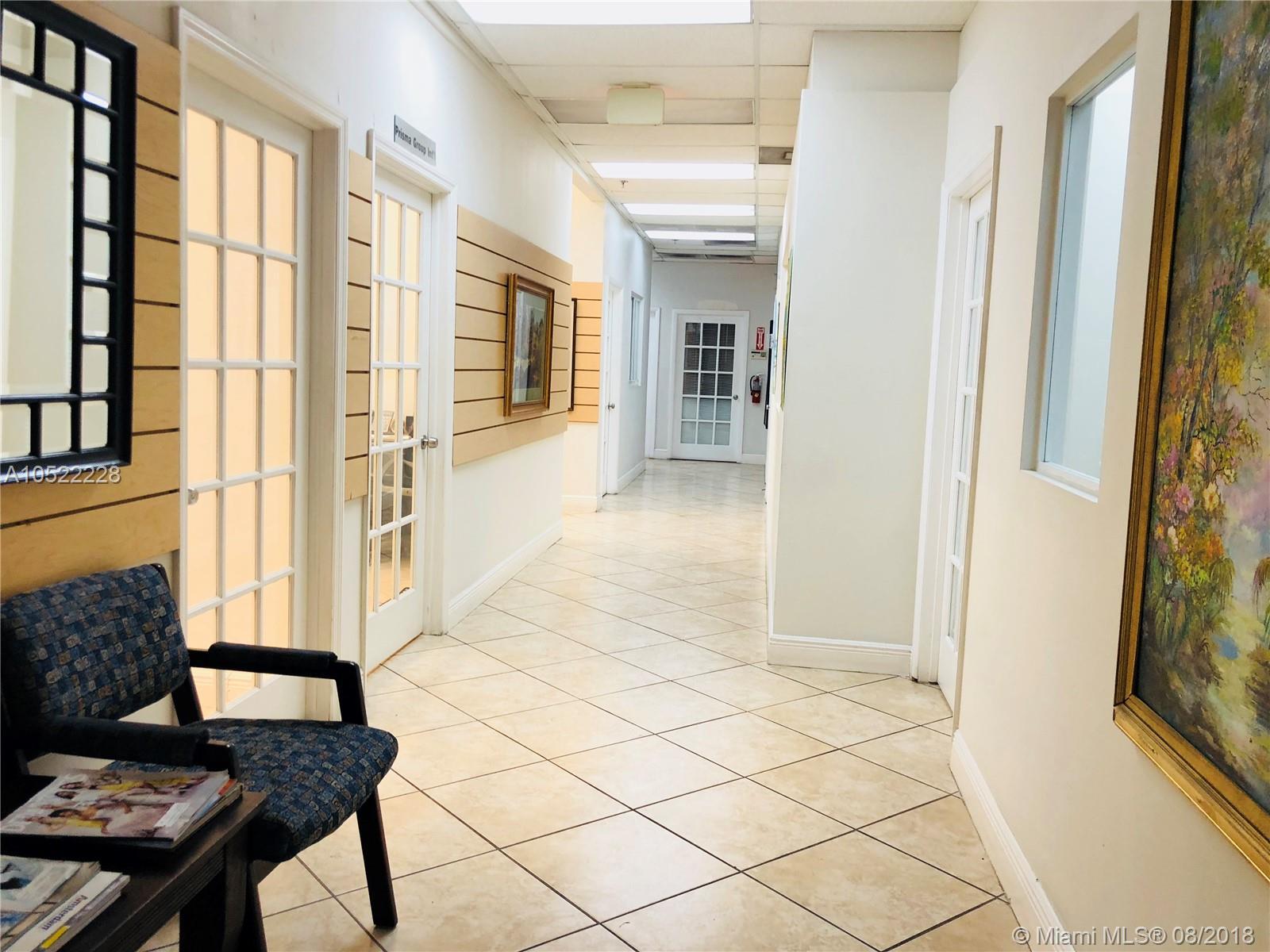 7500 Nw 25th St, Miami, FL 33122