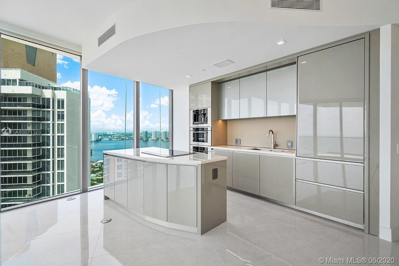 18975 Collins ave-2504 sunny-isles-beach-fl-33160-a10871328-Pic02
