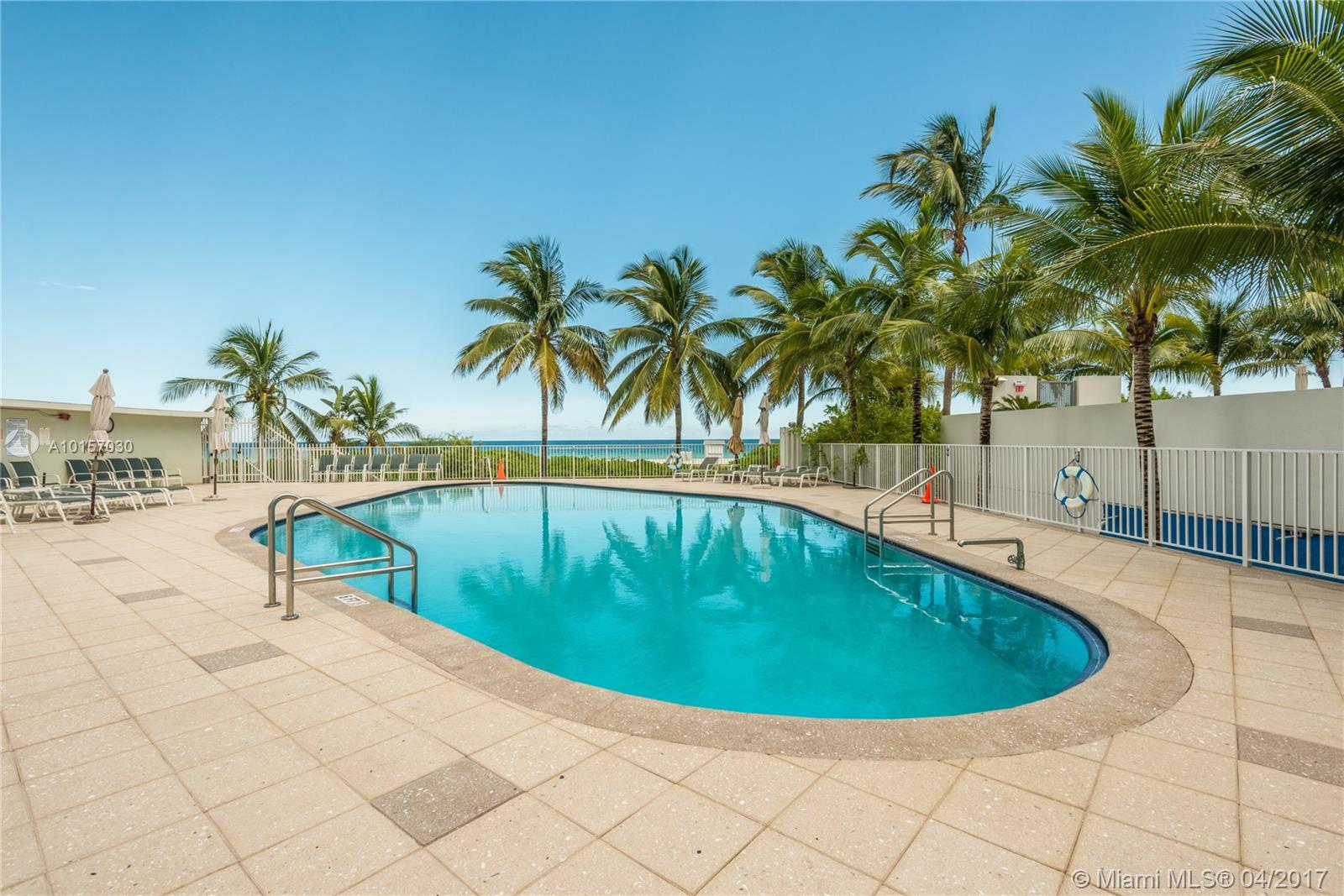5825 Collins ave-9A miami-beach--fl-33140-a10157030-Pic08