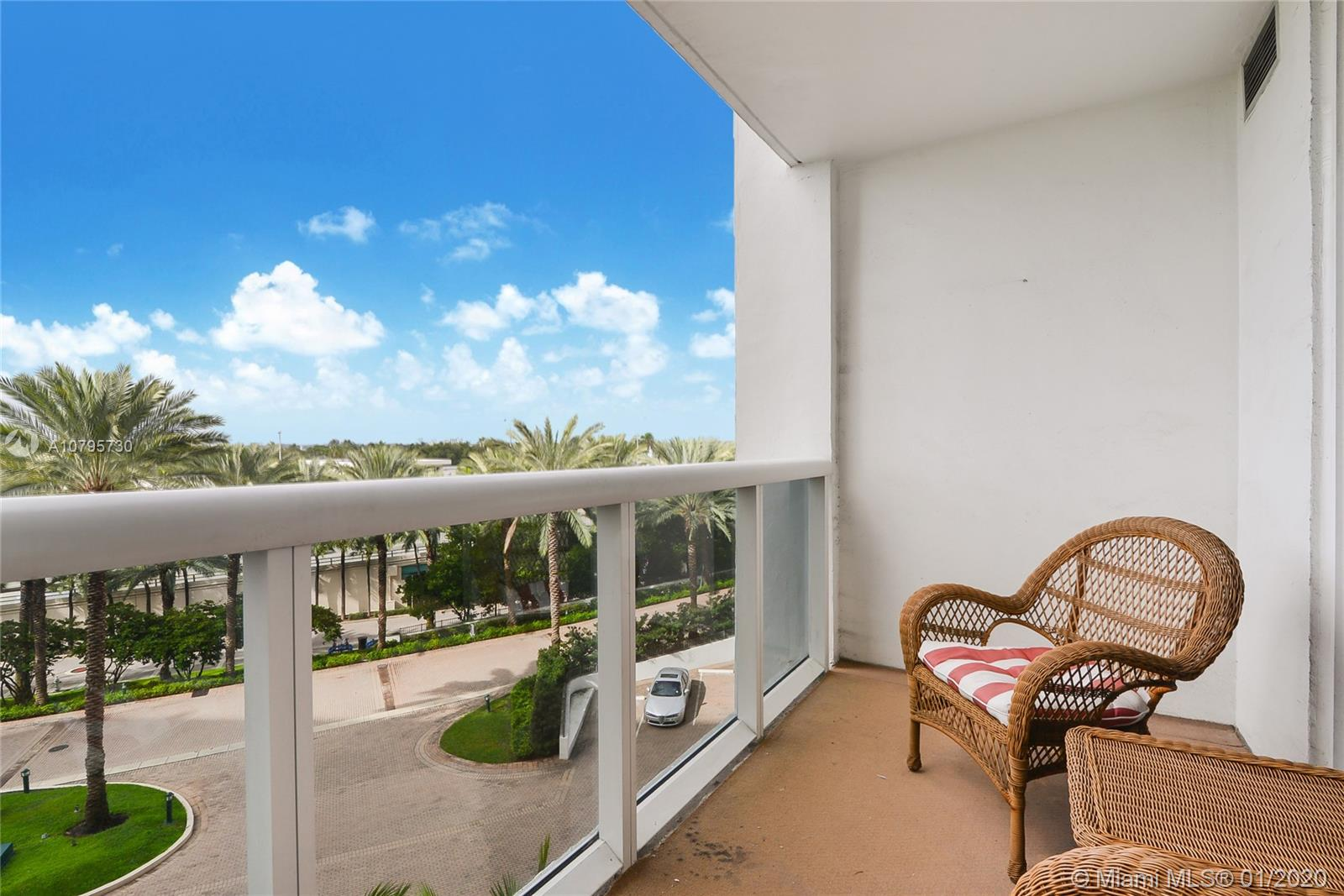10275 Collins ave-428 bal-harbour-fl-33154-a10795730-Pic10