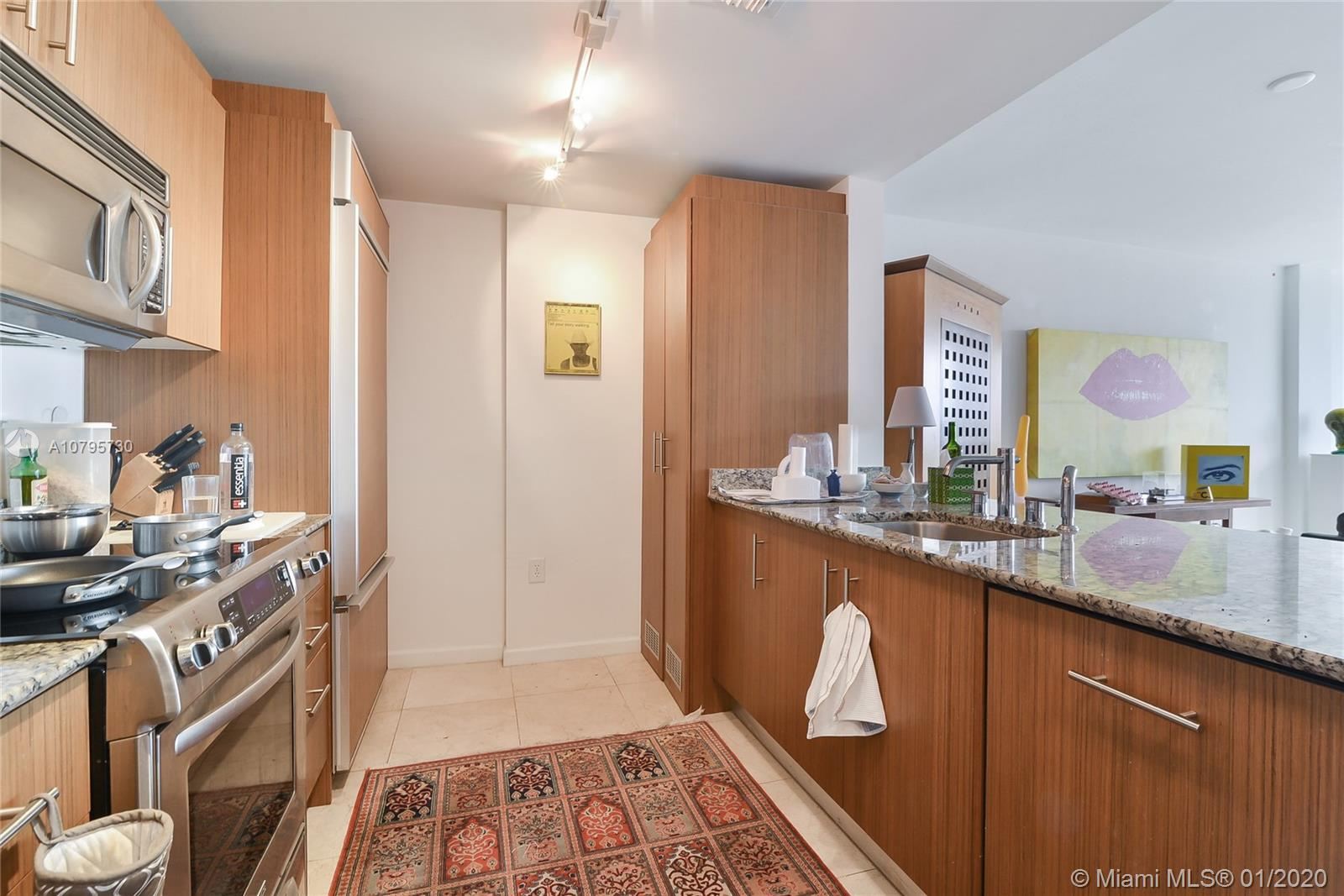 10275 Collins ave-428 bal-harbour-fl-33154-a10795730-Pic05