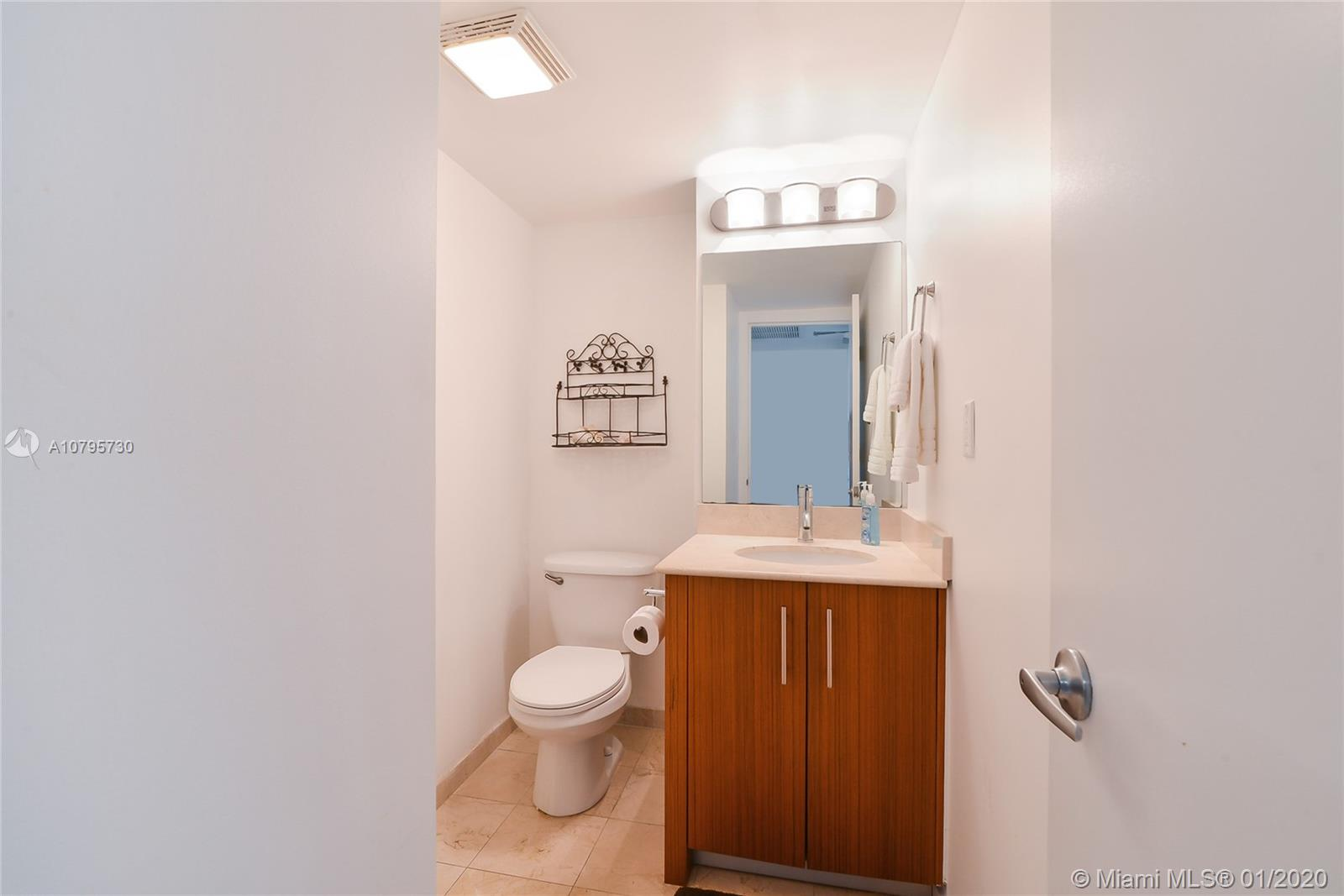 10275 Collins ave-428 bal-harbour-fl-33154-a10795730-Pic08
