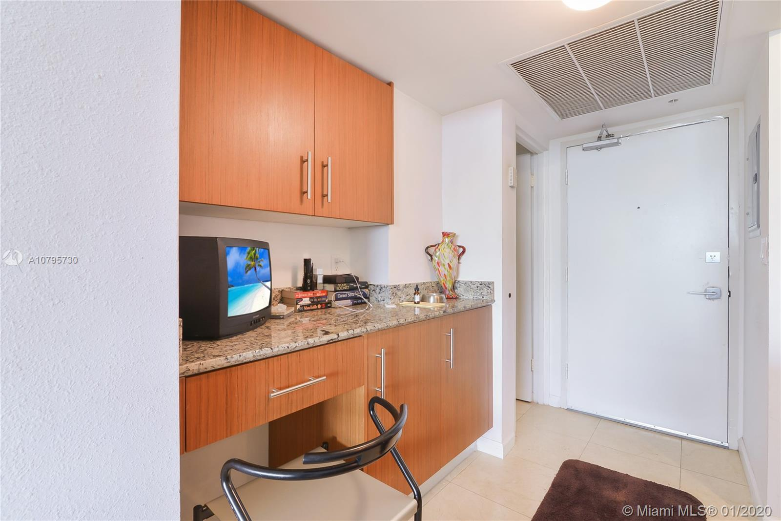 10275 Collins ave-428 bal-harbour-fl-33154-a10795730-Pic09