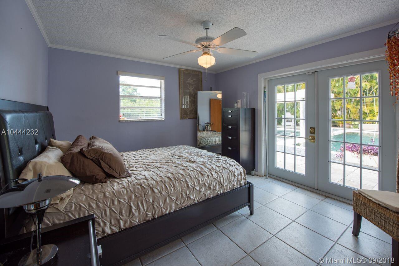 4451 Sw 95th Ave, Davie FL, 33328