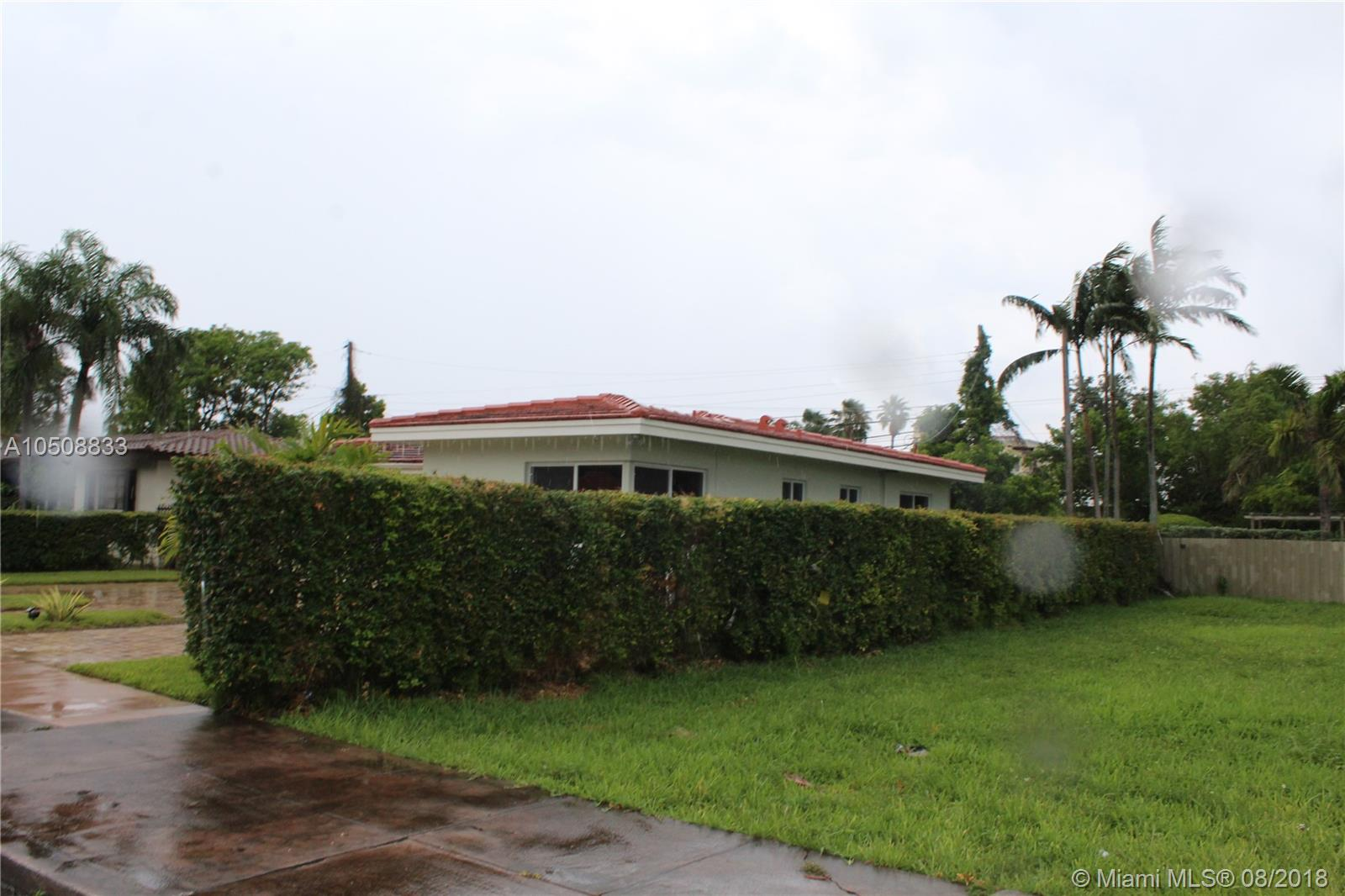 142 Sw 37th Ave, Coral Gables FL, 33134