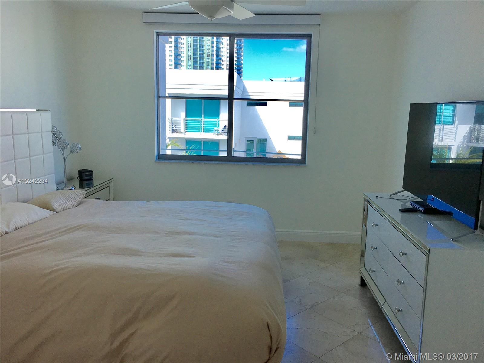 110 Washington Ave #1804, Miami Beach FL, 33139