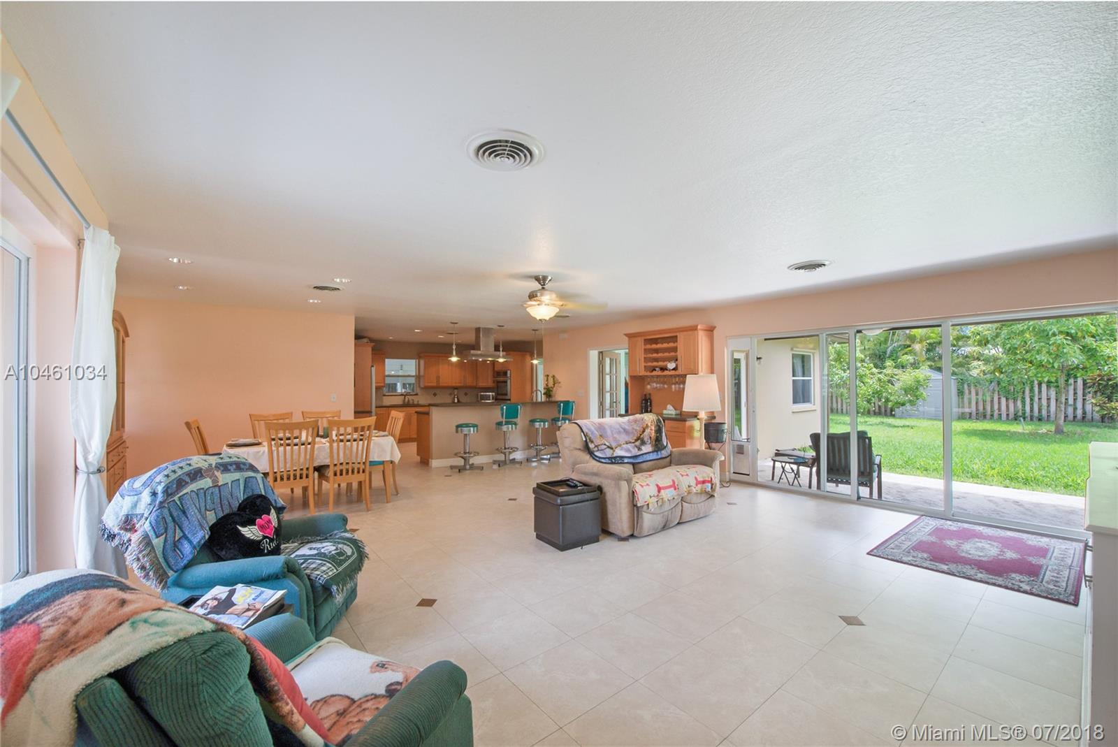 15925 Sw 84th Ave, Palmetto Bay FL, 33157