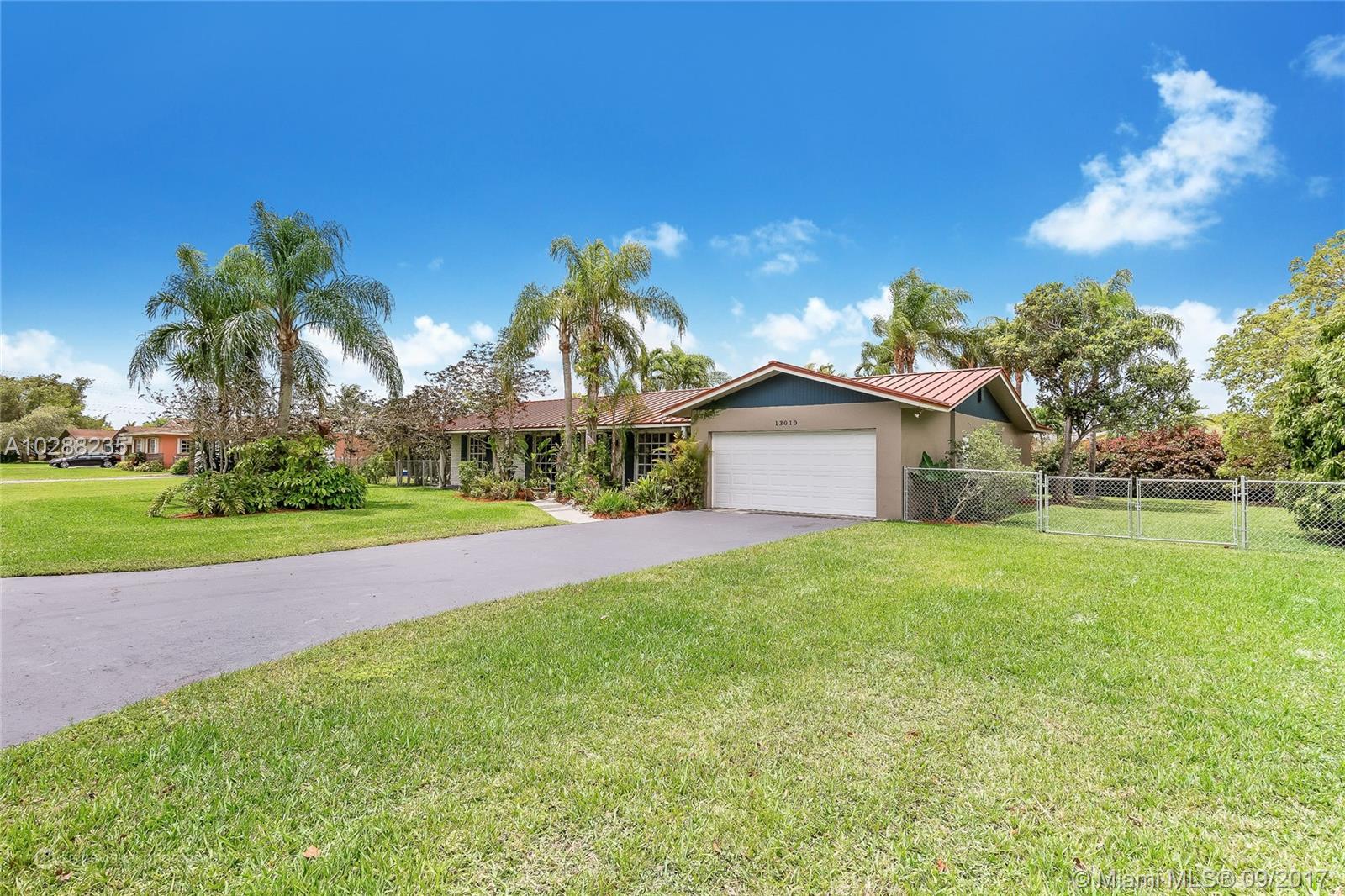 13010 SW 111th Ave, Miami , FL 33176