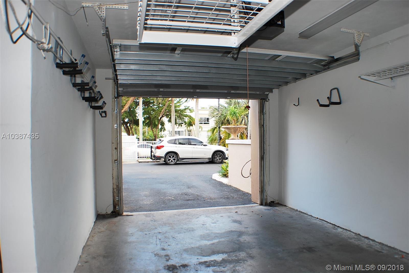 2410 Ne 135 #2410, North Miami FL, 33181
