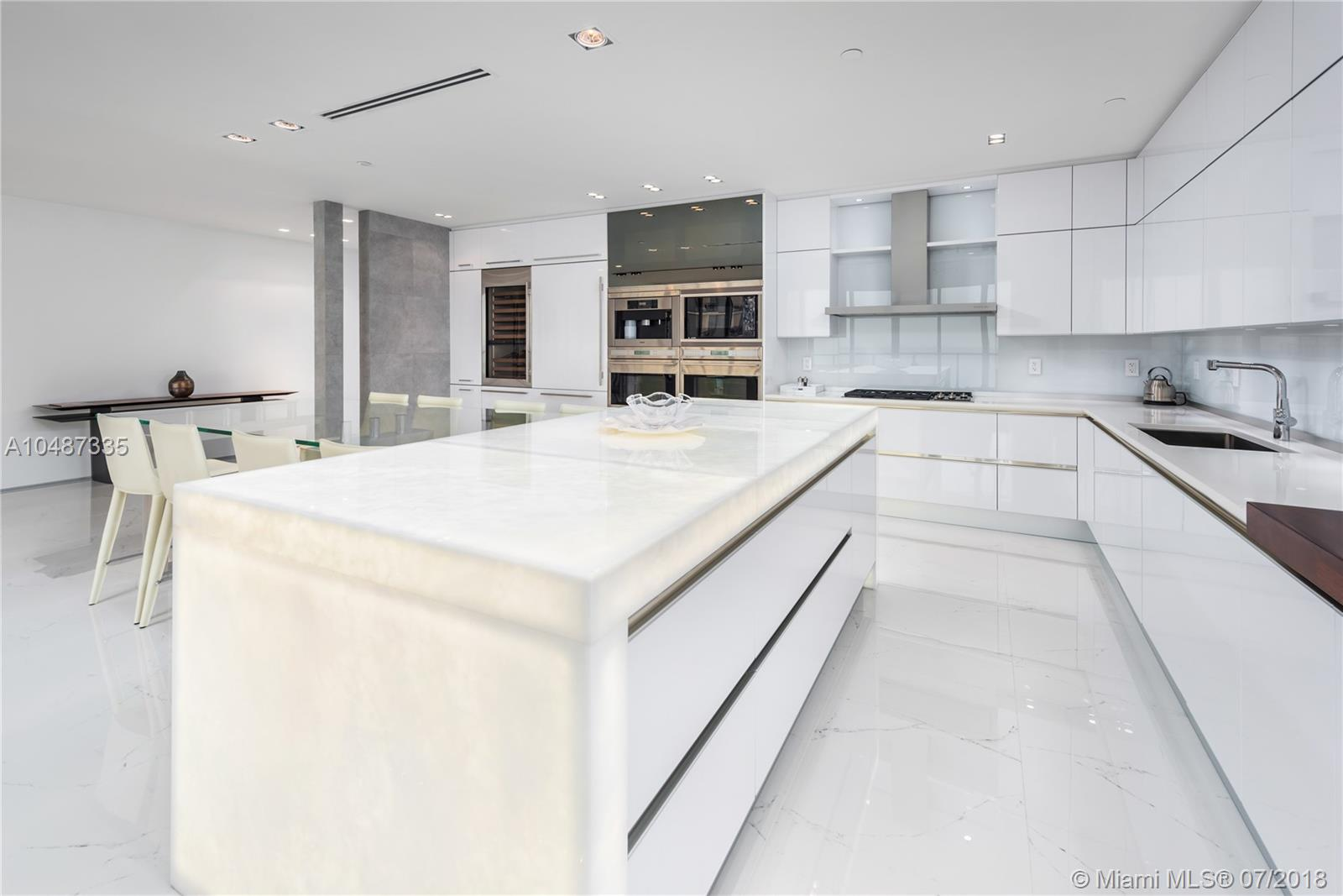 9705 Collins ave-2003N bal-harbour-fl-33154-a10487335-Pic14