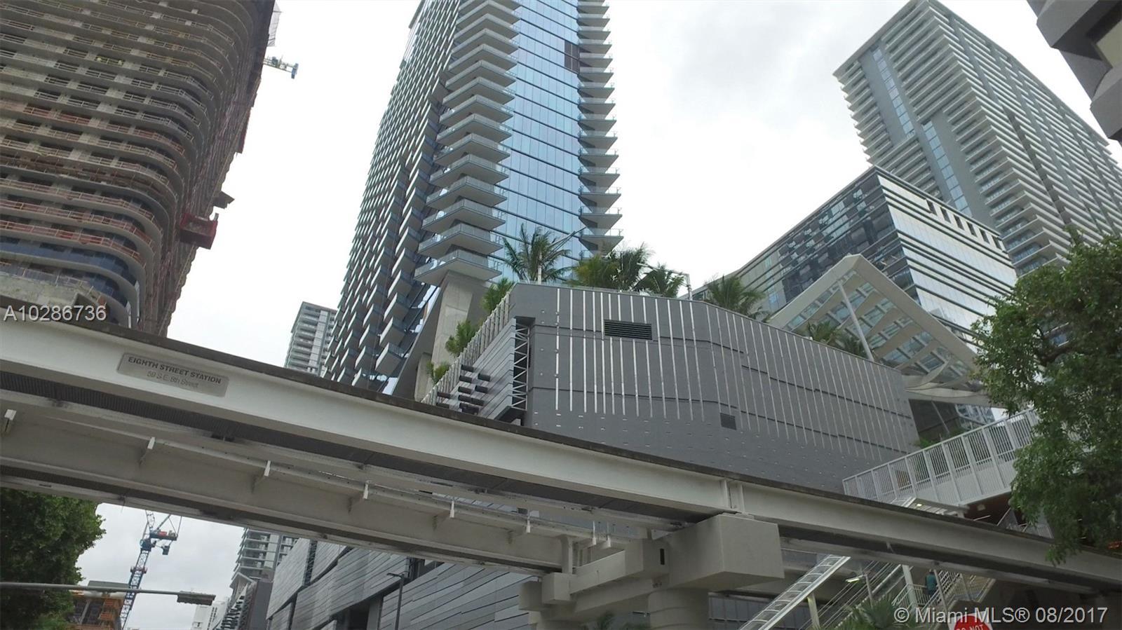 68 SE 6TH ST # 2508, Miami , FL 33131