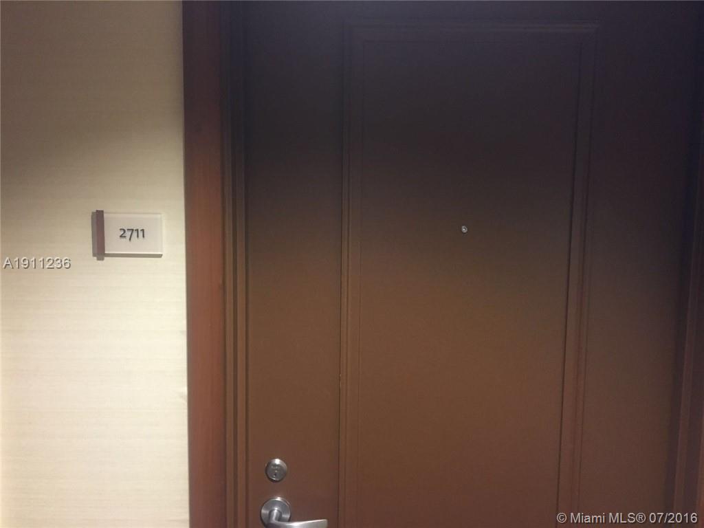1060 Brickell av-2711 miami--fl-33131-a1911236-Pic02