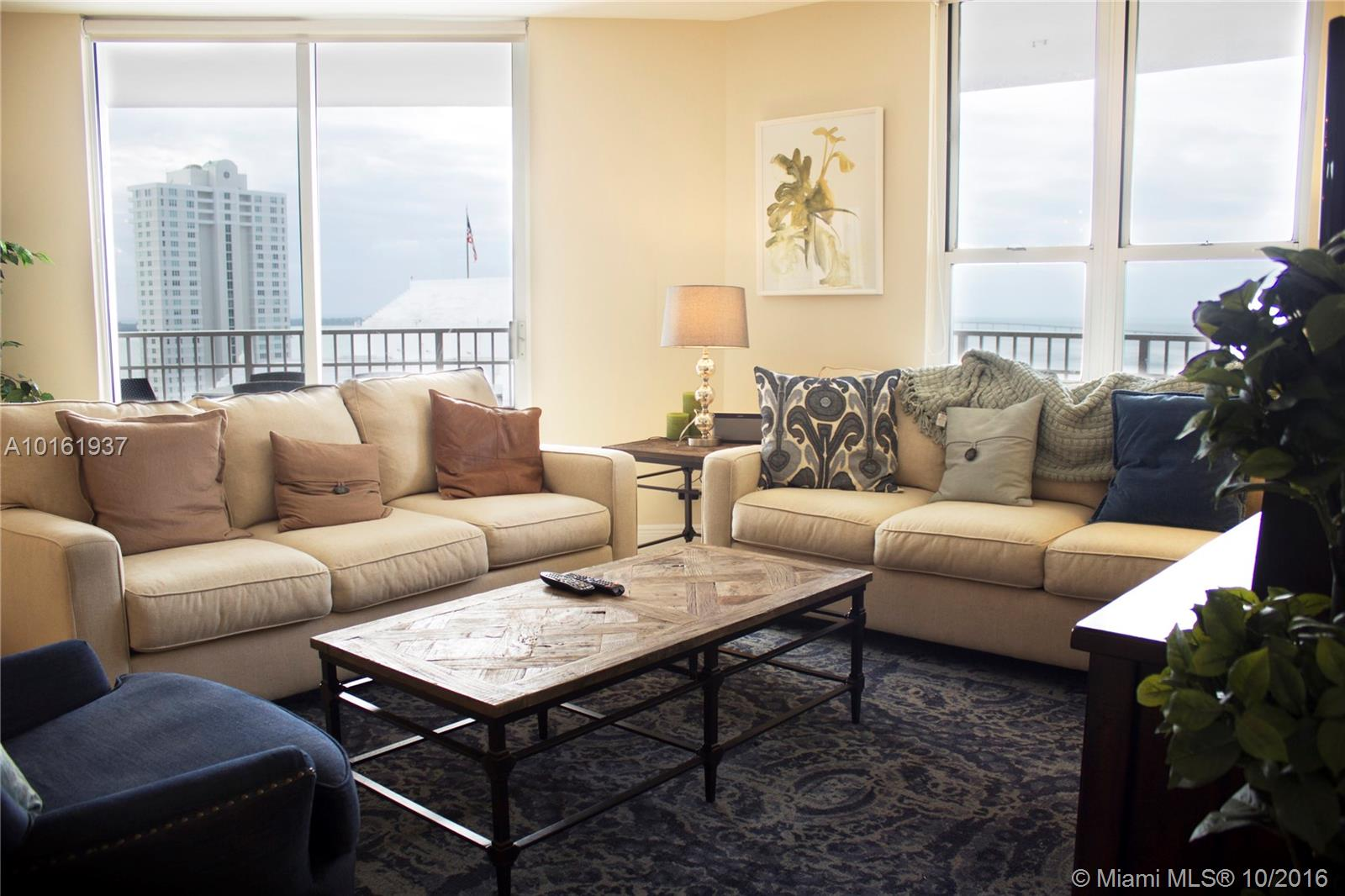 701 Brickell key blvd-2012 miami--fl-33131-a10161937-Pic03