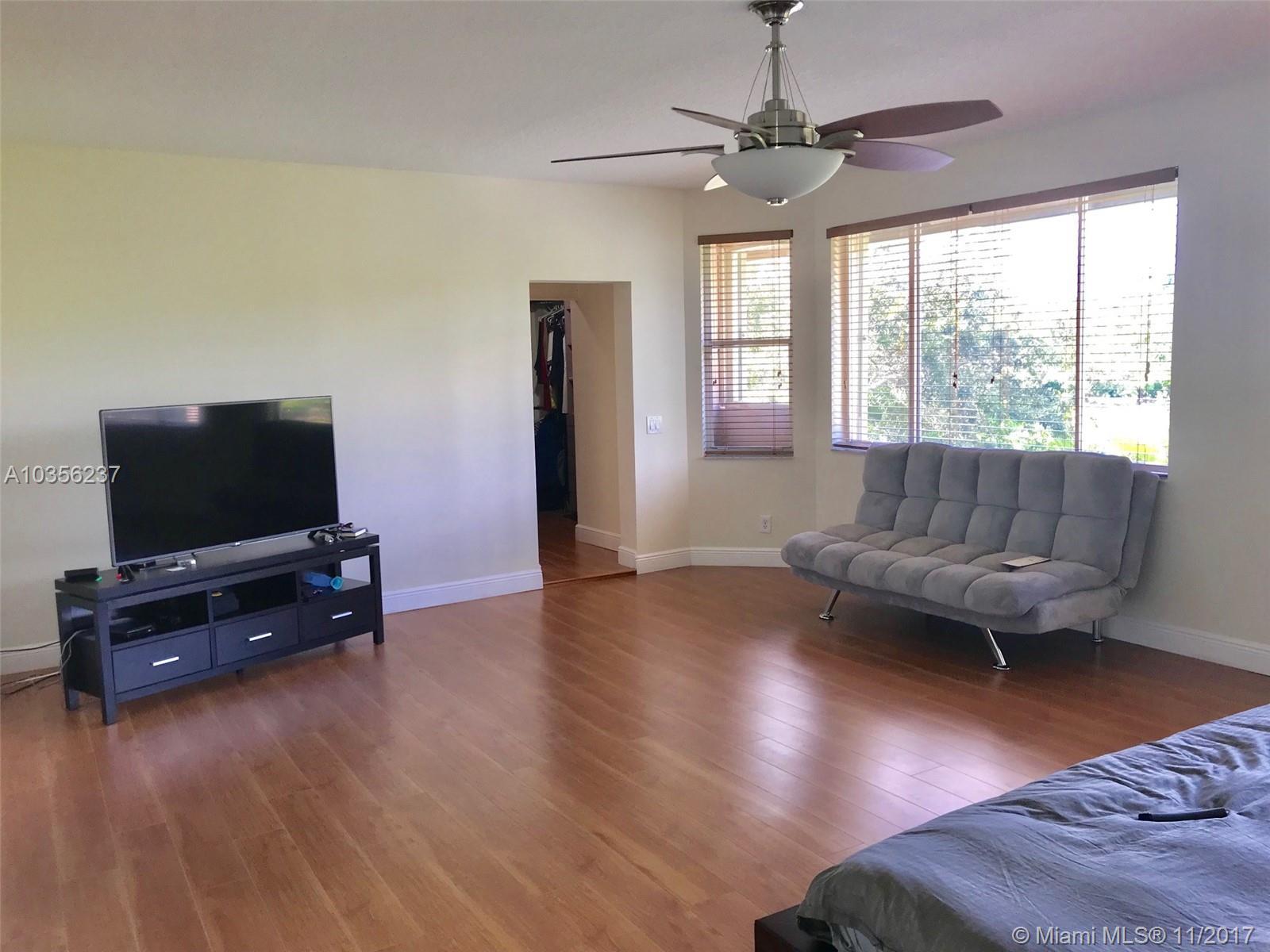 3743 Oak Ridge Cir, Weston , FL 33331