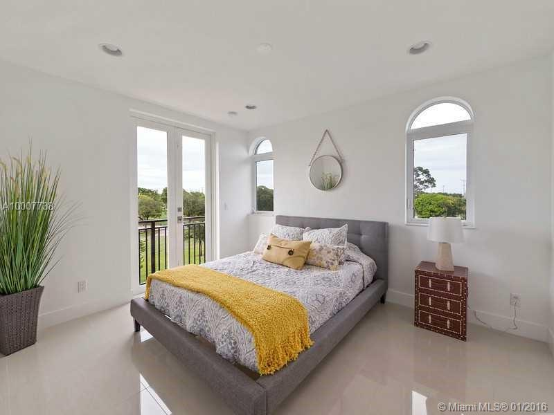 645 9th ave-D fort-lauderdale--fl-33304-a10007738-Pic10