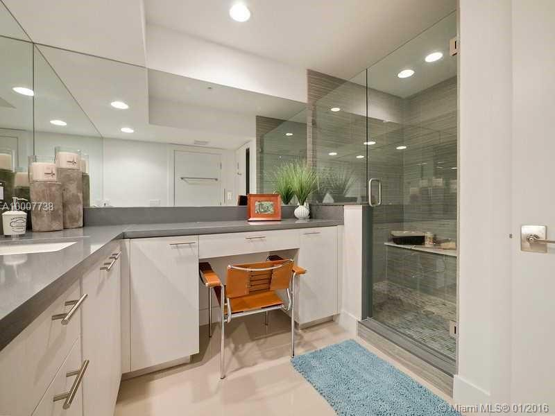 645 9th ave-D fort-lauderdale--fl-33304-a10007738-Pic08