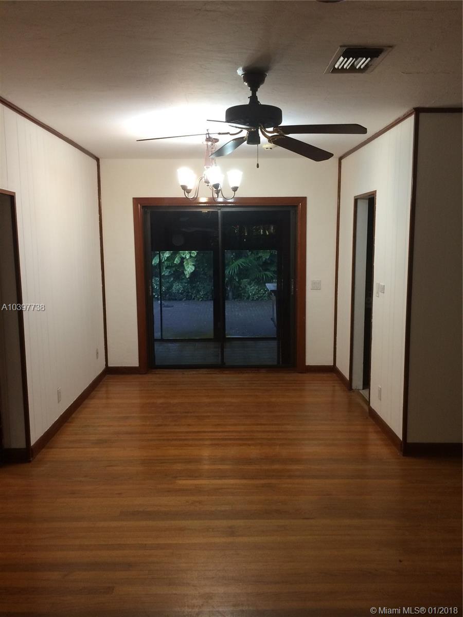 6465 SW 84th St, Miami , FL 33143