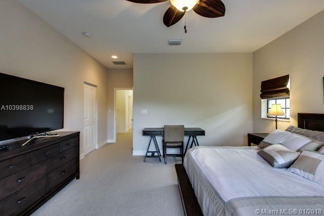 2901 Hidden Harbour St, Dania Beach , FL 33312