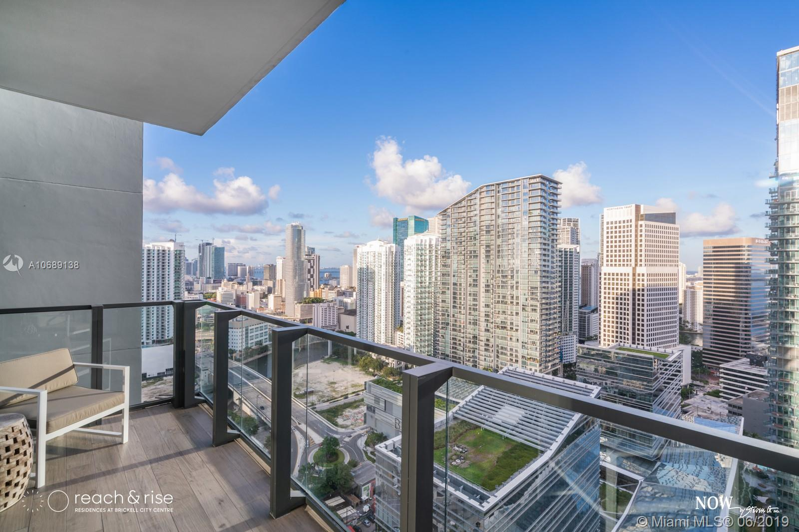 88 7th st-3703 miami-fl-33130-a10689138-Pic03