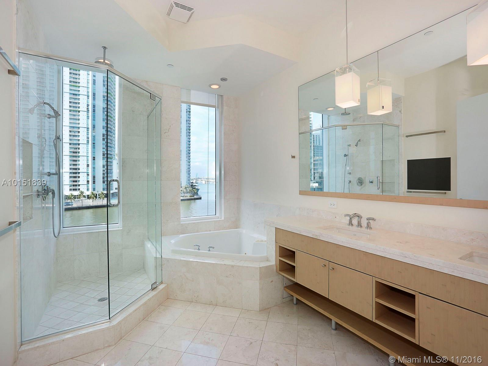 900 Brickell key blvd-501 miami--fl-33131-a10151839-Pic11