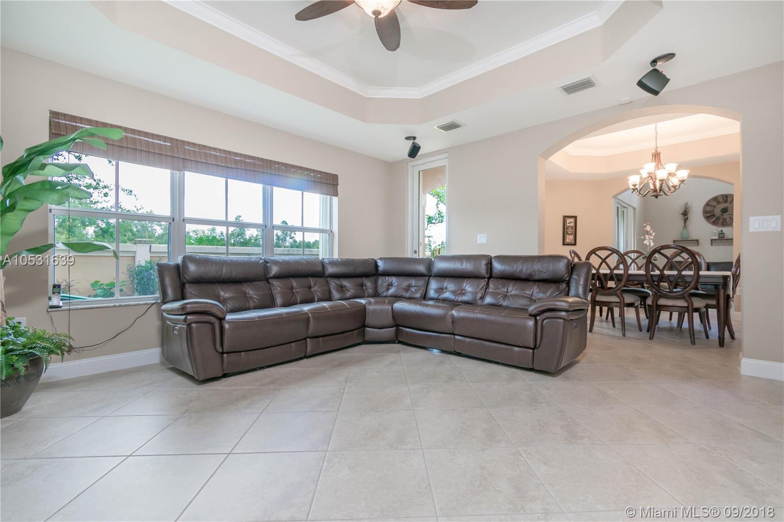 2740 Sw 156th Pl, Miami FL, 33185