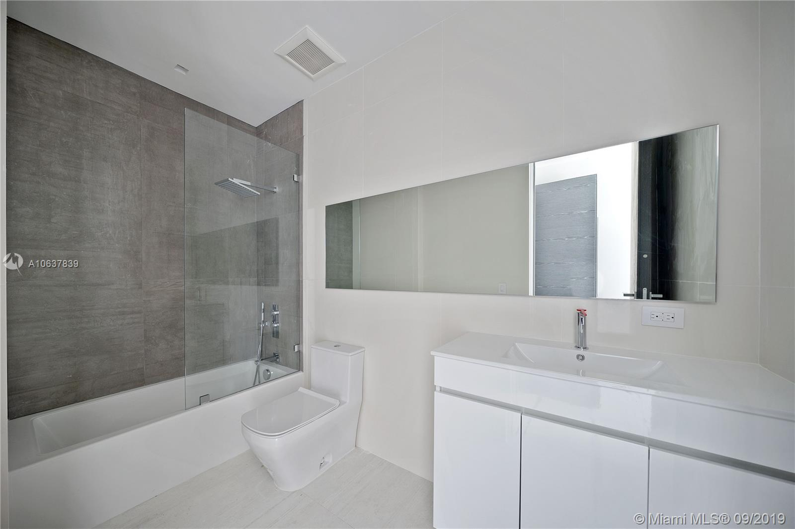 900 Brickell key blvd-901 miami-fl-33131-a10637839-Pic11