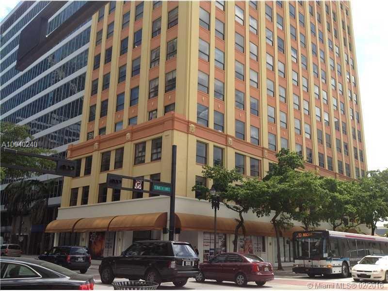 168 Se 1 Street, Miami FL, 33131
