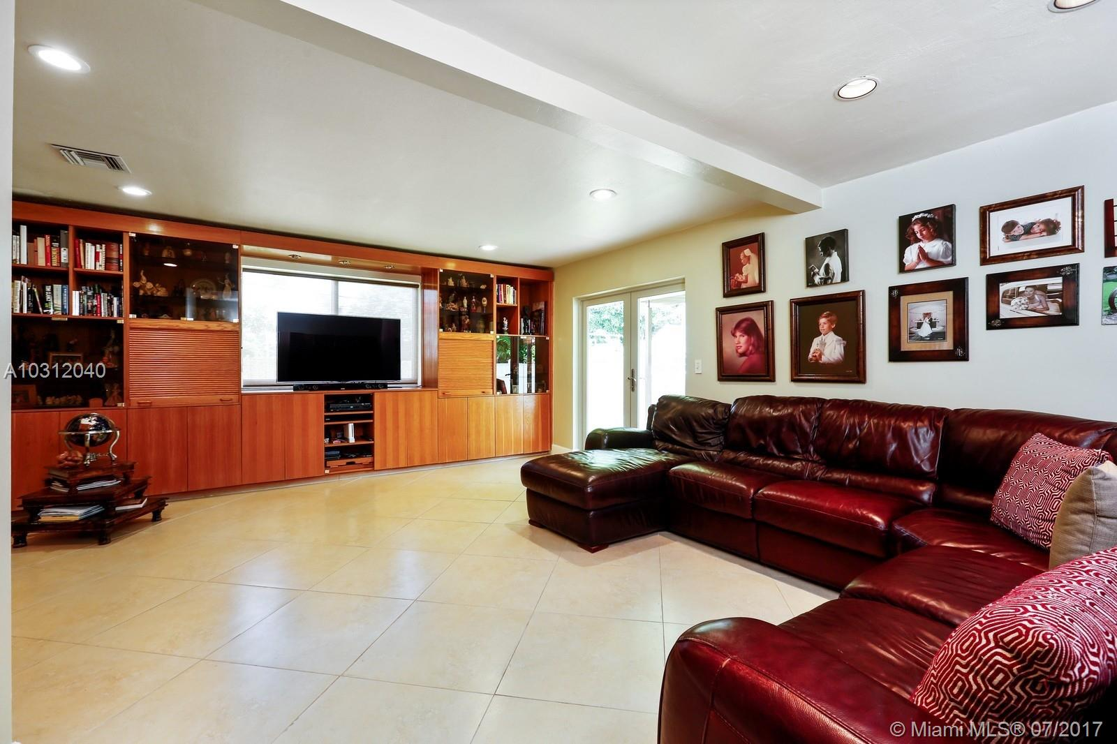 1754 Biarritz Dr, Miami Beach , FL 33141