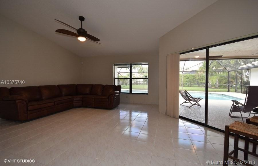 4976 NW 97th Dr, Coral Springs , FL 33076