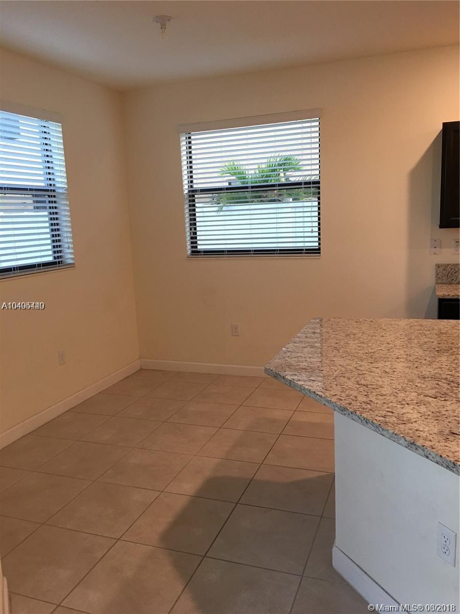 9231 W 35th Ave, Hialeah FL, 33018