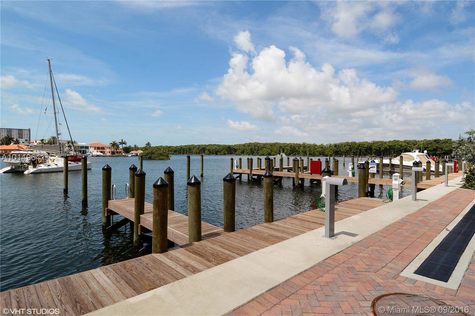 400 Sunny Isles Blvd, Sunny Isles Beach, FL 33160