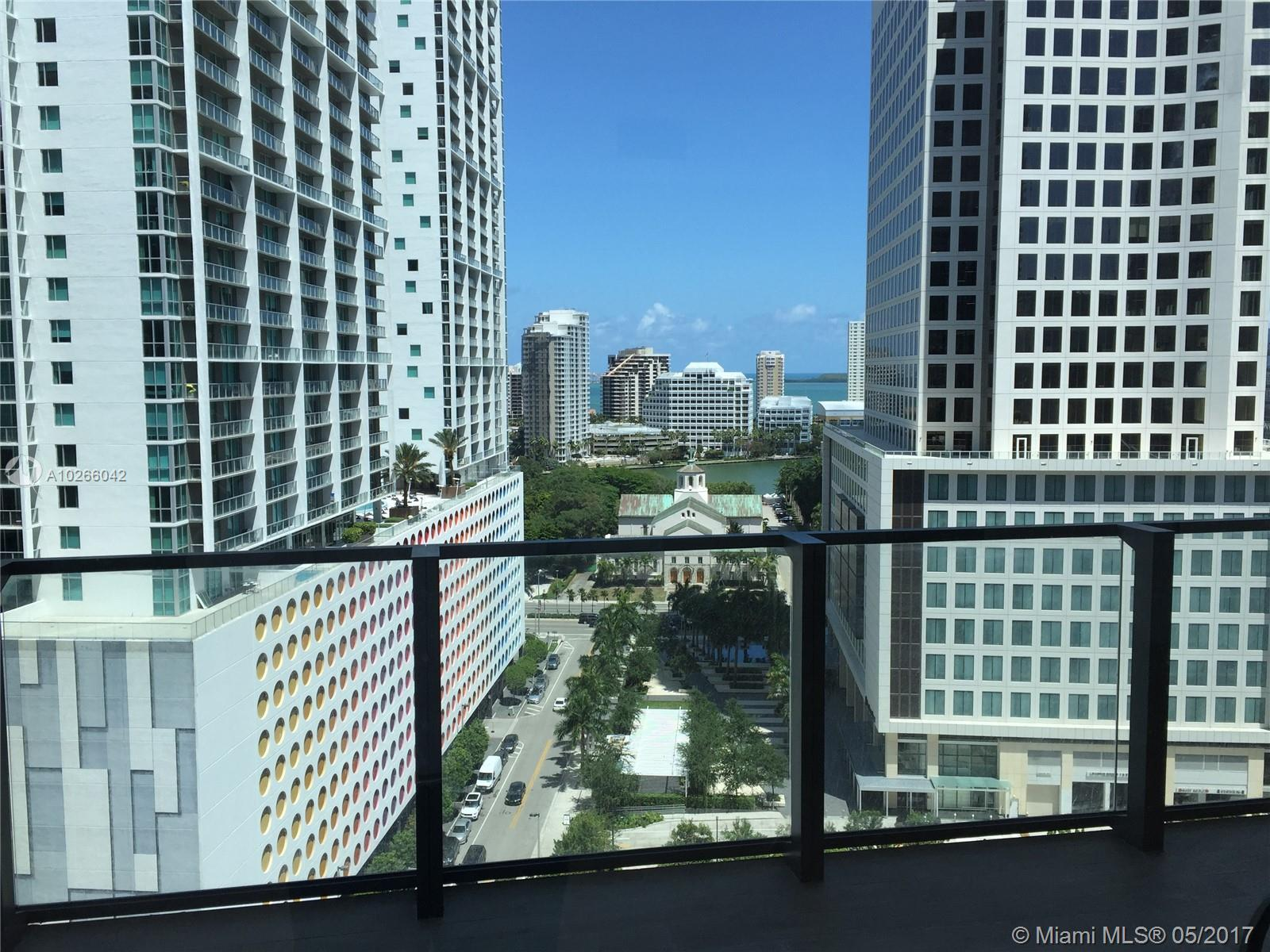 68 6th st-1111 miami--fl-33131-a10266042-Pic08