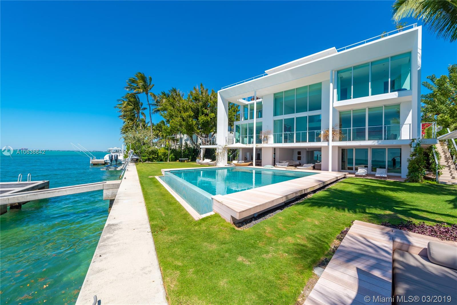135 Luxury Homes For Sale
