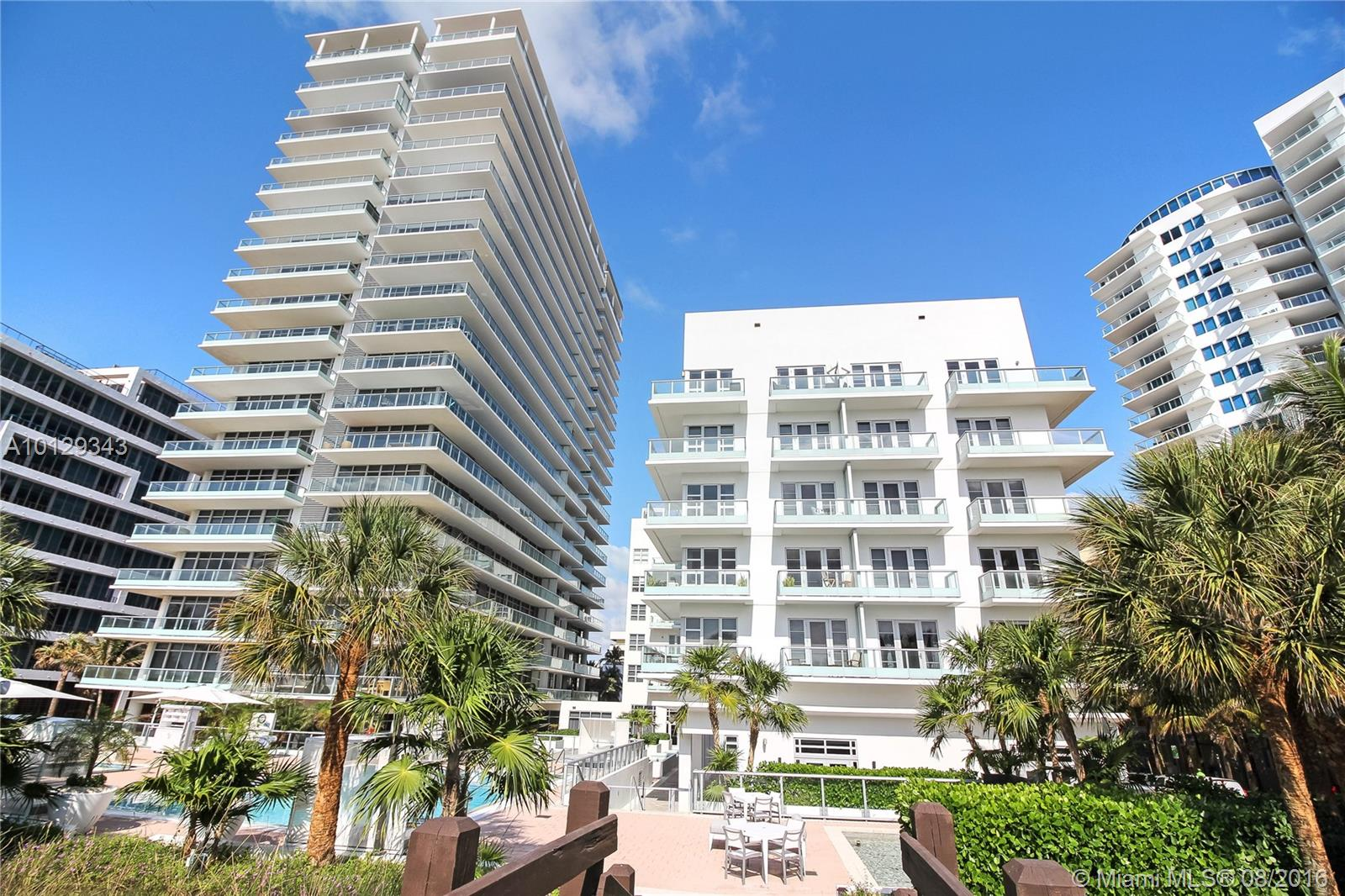 3737 Collins ave-S-703 miami-beach--fl-33140-a10129343-Pic01