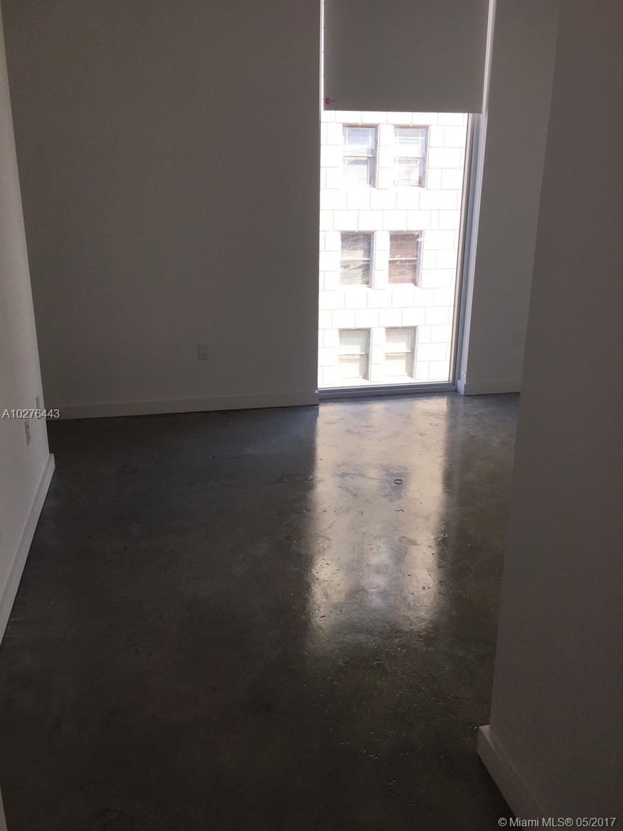 151 1st street-402 miami--fl-33131-a10276443-Pic03