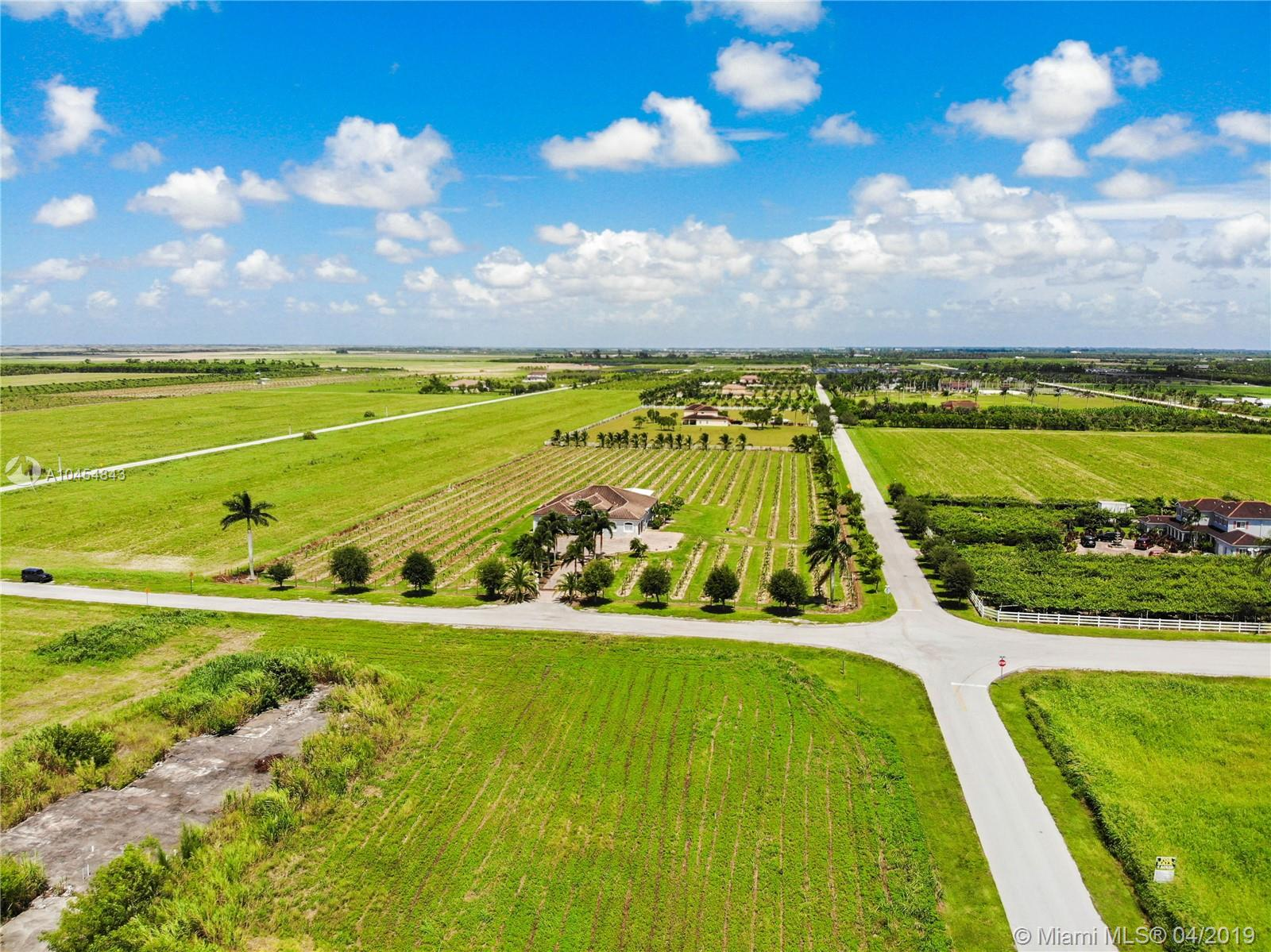 35201 Sw 219 Ave, Homestead FL, 33034