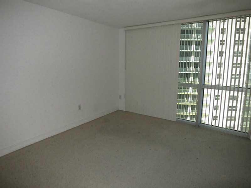 1750 N BAYSHORE DR # 2101, Miami , FL 33132