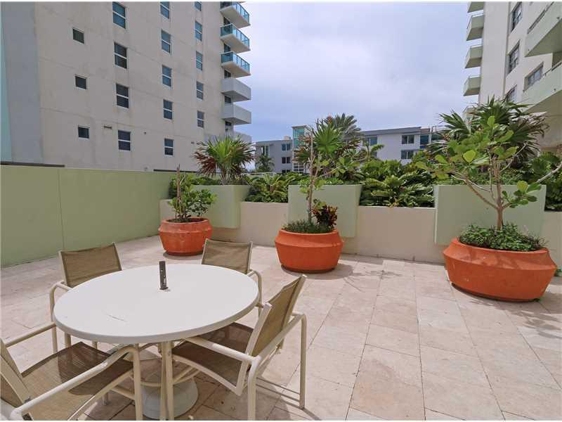 9225 Collins av-701 surfside--fl-33154-a2182743-Pic17